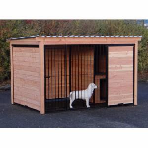 Kennel for dog of Douglas wood