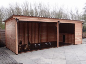 Dog kennel Forz made of Douglas wood with insulated doghouse