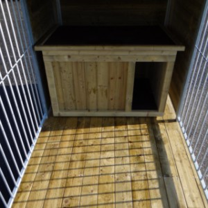 Inside of the dogkennel Fix