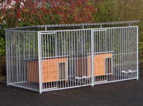 Dog kennel Flinq Double 2x4 m with doghouses and feeding sets