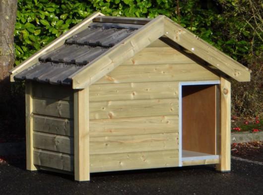 High pressure treated wooden dog house Reno 160x106x123cm