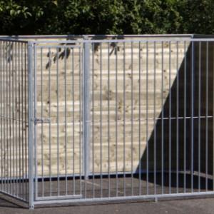Dog kennel with door 2x3 m.