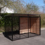 Dogkennel FERM Black with roof 1,5x3m
